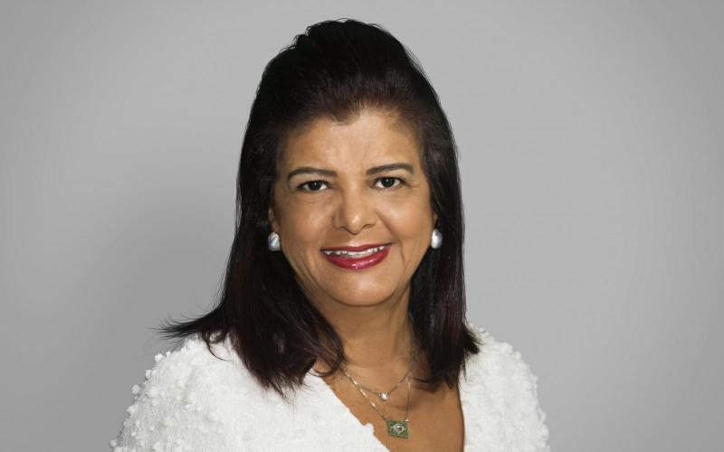 Luiza Trajano é embaixadora da Causa Rosa do Imama-RS